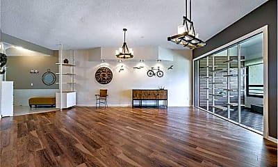 Living Room, 7460 La Paz Blvd, 1