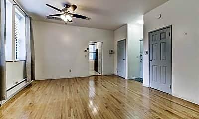 Living Room, 258 Barrow St 1C, 1