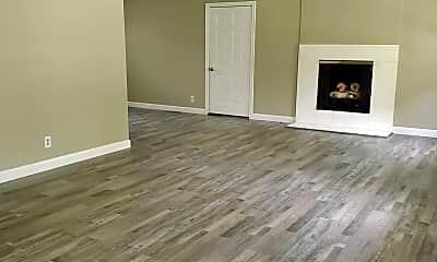Living Room, 6831 Arcadian Hwy, 1