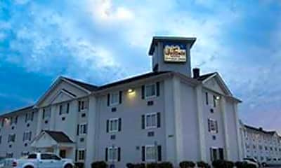 Building, InTown Suites - Perdue Springs (PER), 0