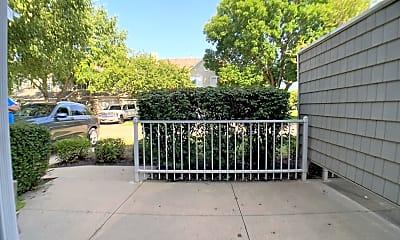 Patio / Deck, 811 Burr Oaks Dr, 2