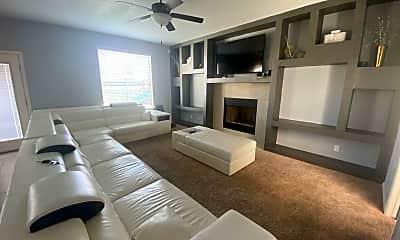 Living Room, 12605 Azulito, 1