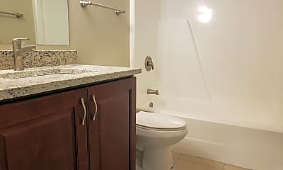 Bathroom, 510 Kiowa Cir 201, 2