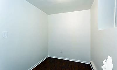 Bedroom, 1243 N Damen Ave., 0