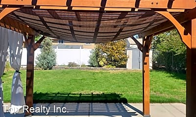 Patio / Deck, 921 E 32nd Ave, 2