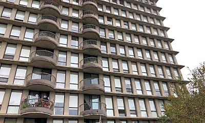 Lilac Ledge Apartments, 0