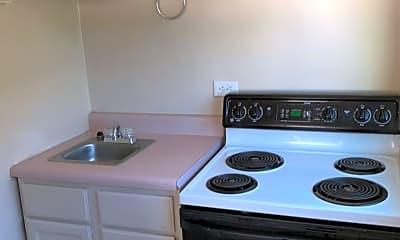 Kitchen, 2916 E Monroe St, 1