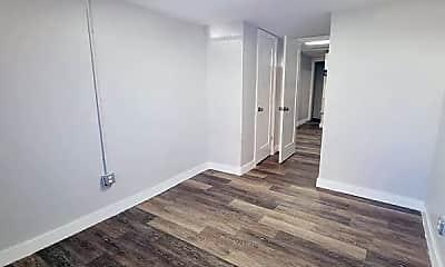Bedroom, 84 Romaine Ave, 2