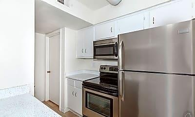 Kitchen, 5921 Beverly Hill St, 2
