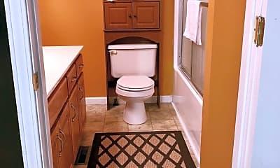 Bathroom, 141 Mason St, 2