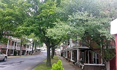 Wade Estates, 0