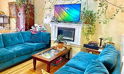 Living Room, 1230 Harrison St B, 0