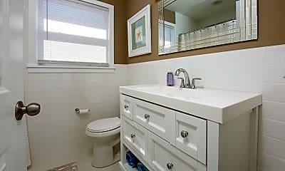 Bathroom, 208 N Somerset Ave, 2
