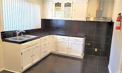 Kitchen, 4341 Don Tomaso Dr 2, 1