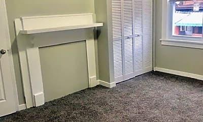 Bedroom, 325 Linden Ave, 1