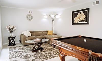 Living Room, 2409 E Monroe Ave, 1