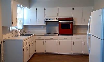 Kitchen, 1006 Milligan Hwy, 1