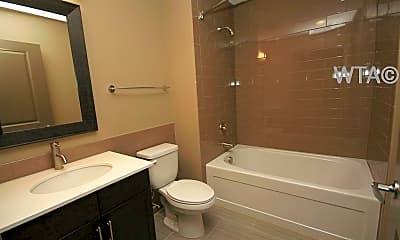 Bathroom, 1300 E Riverside Dr, 2