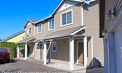 Building, 570 NE Anderson Rd, 0