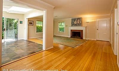 Living Room, 951 B Ave, 0