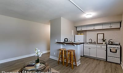 Living Room, 1132 E Seneca Ave, 1