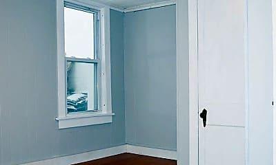 Bedroom, 216 N Champlain St, 2