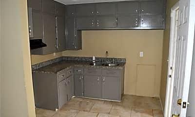 Kitchen, 1631 1st St NW, 1