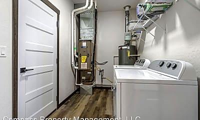 Living Room, 4115 N Slazenger Ln, 2