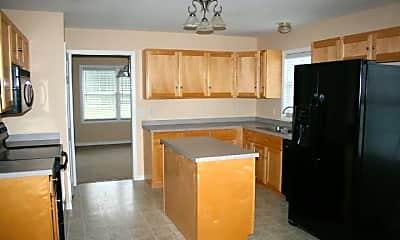 Kitchen, 135 Goshawk Ln, 1