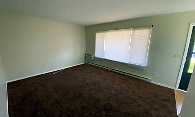 Living Room, 6730 Shadow Brook Dr, 2