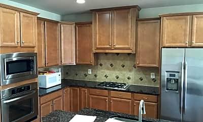 Kitchen, 542 Rudbeckia Pl, 2
