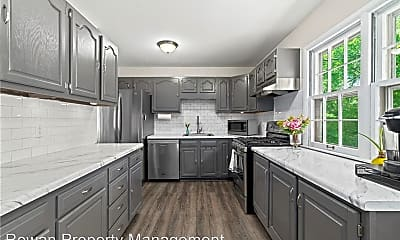 Kitchen, 9720 England Dr, 1