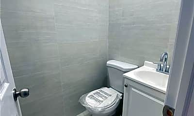 Bathroom, 43-17 165th St 2ND, 2