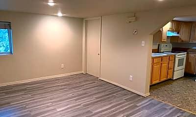 Living Room, 1547 Sturgus Ave S, 2