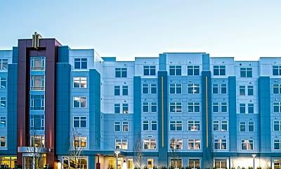 Building, 625 Thomas E. Burgin Pkwy, 1