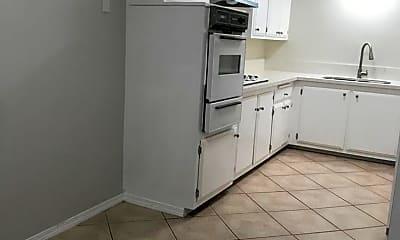 Kitchen, 6125 S Victoria Ave, 1