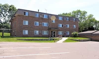 Fairhill Apartments, 2