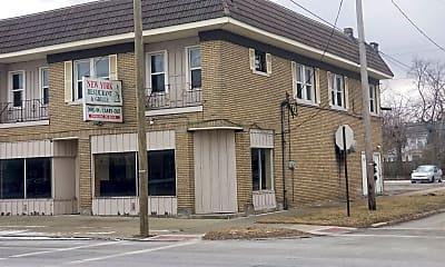 Building, 812 E Erie Ave, 2