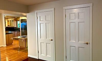 Entry toward kitchen, 5245 West Mercer Way, 0