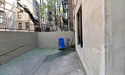 Patio / Deck, 327 E 19th St, 2