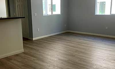 Living Room, 6336 Brynhurst Ave, 1