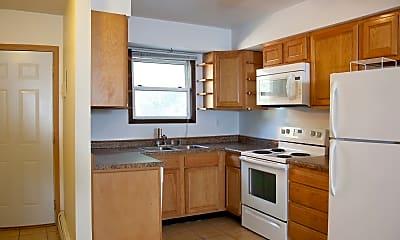 Kitchen, 637 13th St S, 1