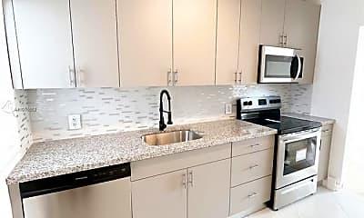 Kitchen, 1215 NE 109th St, 1