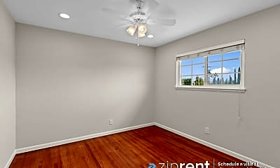 Bedroom, 1507 Johnson Ave, 2