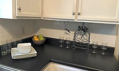 Kitchen, 406 Westfield Dr, 1