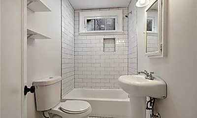 Bathroom, 4237 Fontainebleau Dr B, 2