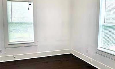 Bedroom, 813 E Maddox Ave, 2