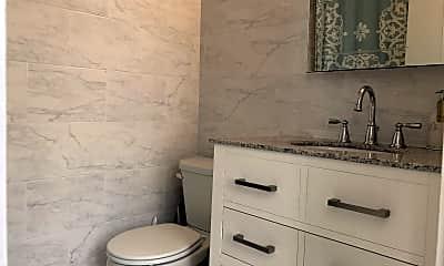 Bathroom, 1729 Wallace St 201, 2