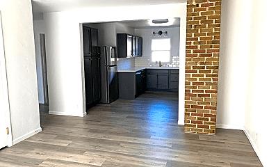 Living Room, 1119 Milton Ave, 0