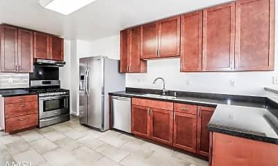 Kitchen, 4533 Cabrillo St, 0